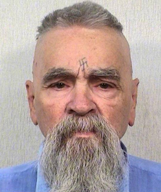Murió Charles Manson, asesino de la actriz Sharon Tate y otros seis