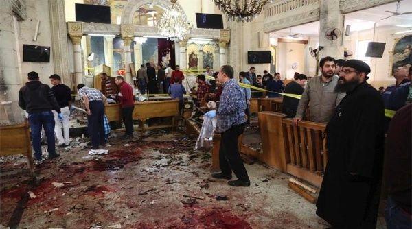 Francisco rezó por las víctimas del atentado en la mezquita de Egipto