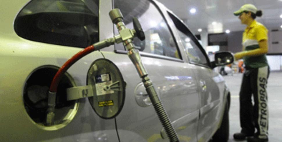 El GNC subiría de precio e igualaría a la nafta