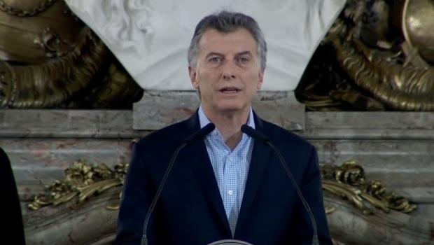 En la elección se decide volver al pasado o seguir adelante — Macri
