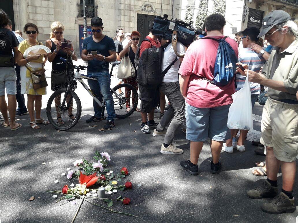La policía de Barcelona neutralizó un nuevo ataque — Revuelo en Cambrils