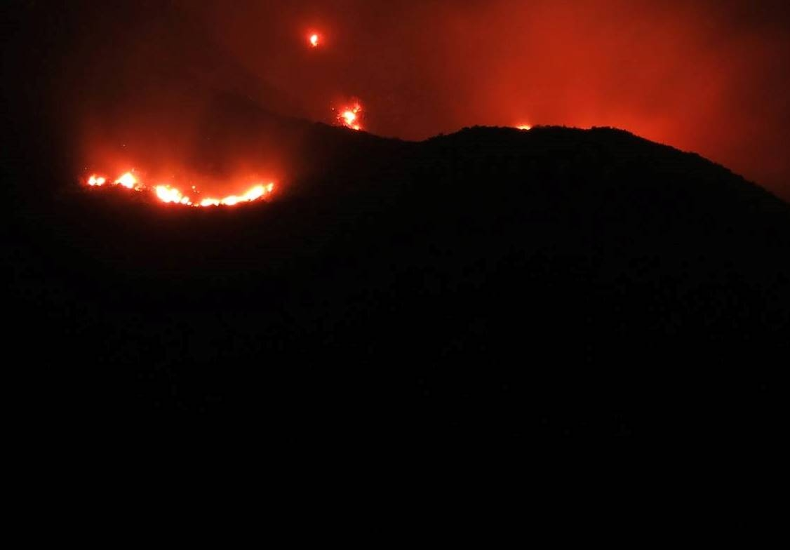 Dos detenidos tras iniciar un incendio en el cerro Uritorco