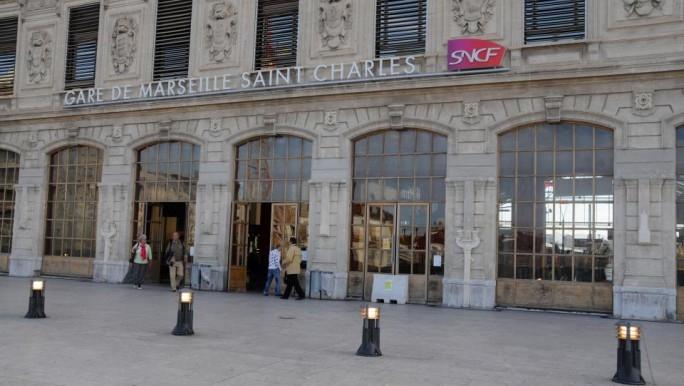 Pánico en Francia: atacaron con ácido a cuatro turistas