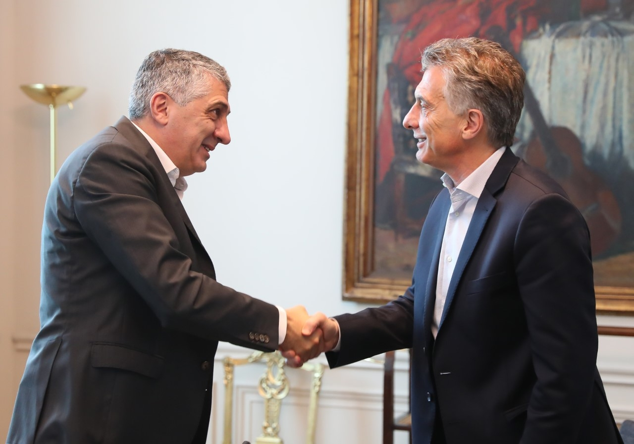 Resultado de imagen para Macri con Sergio Garre de Eco Hair