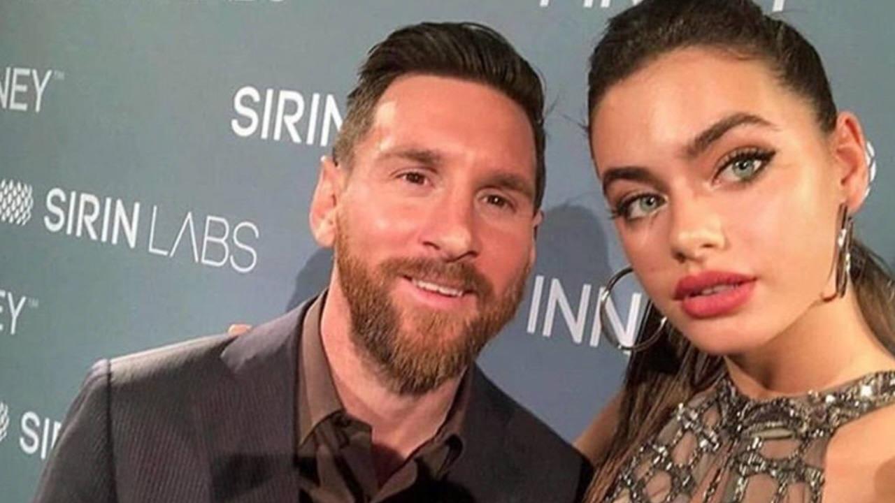 La graciosa sesión de fotos de Lionel Messi con una mega modelo