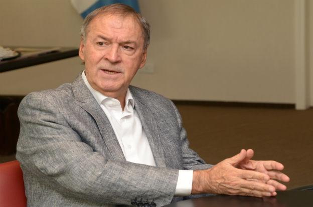 Schiaretti pidió al Gobierno que baje el IVA en los servicios públicos