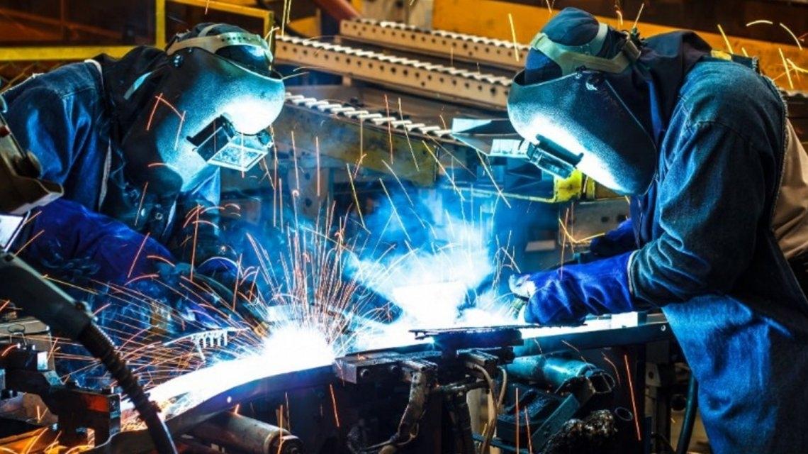 La actividad económica se desplomó 6,7% en junio - Economía