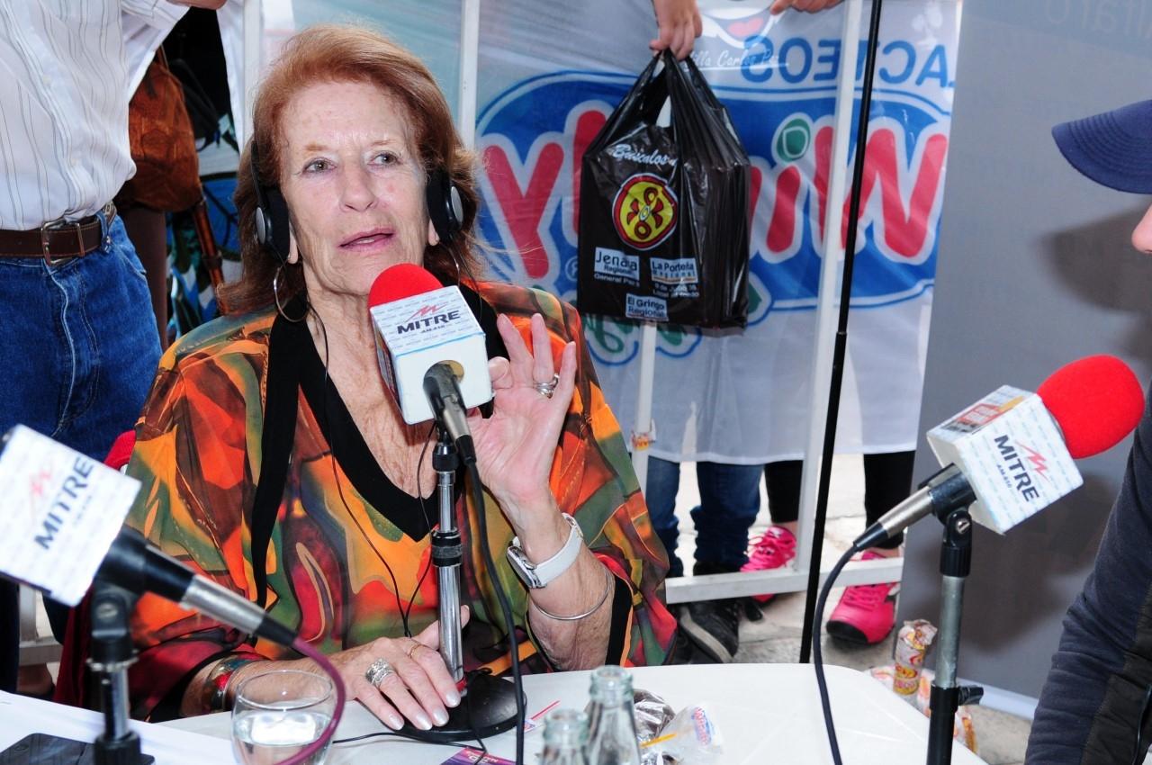 Murió Ana María Alfaro, emblema de la radio y la televisión cordobesa