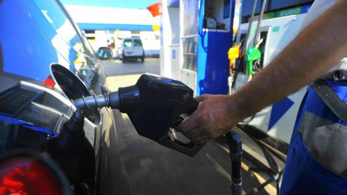 Las naftas volverían a aumentar en marzo un 3%