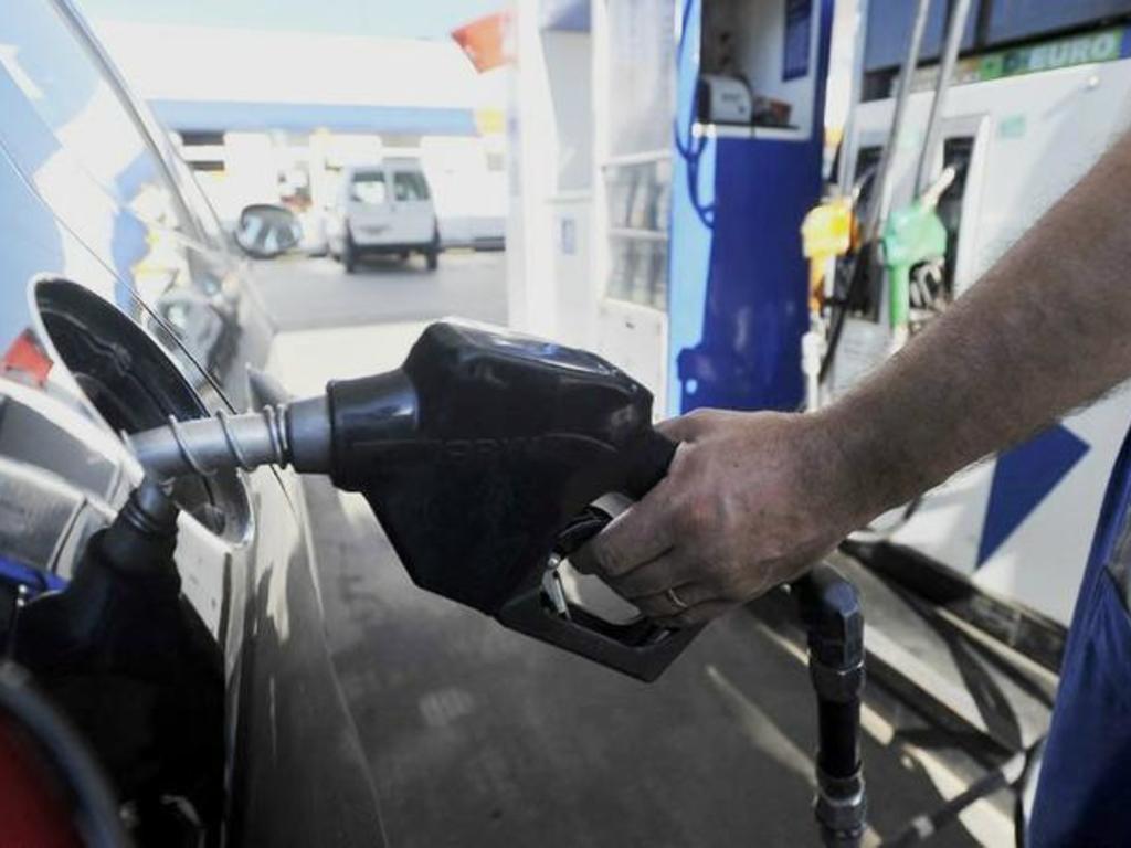 Volvió a aumentar el precio del combustible a nivel nacional