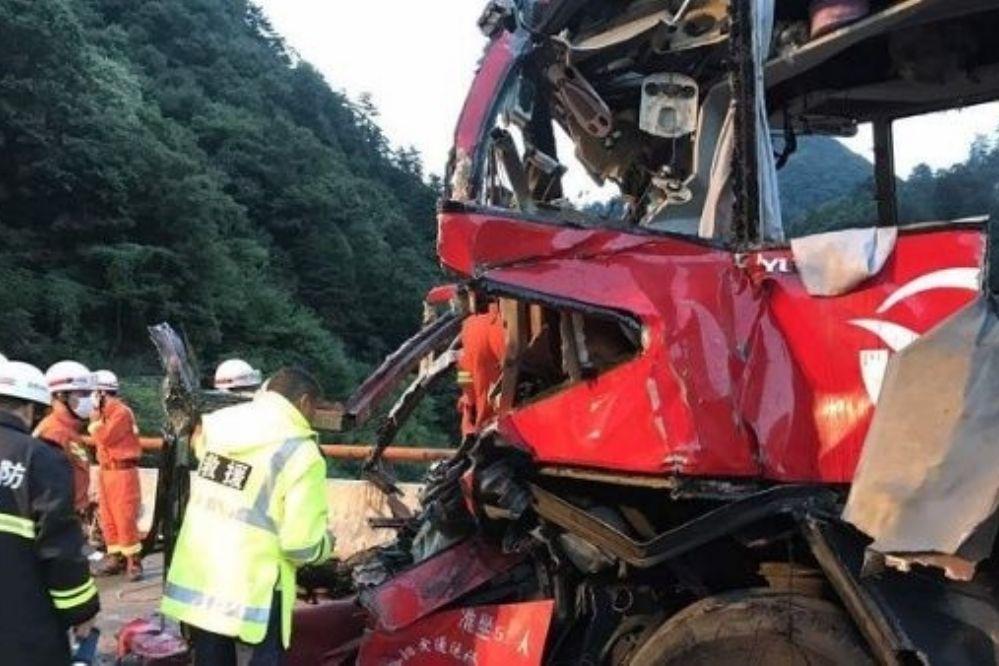 China: 36 fallecidos por accidente de tránsito