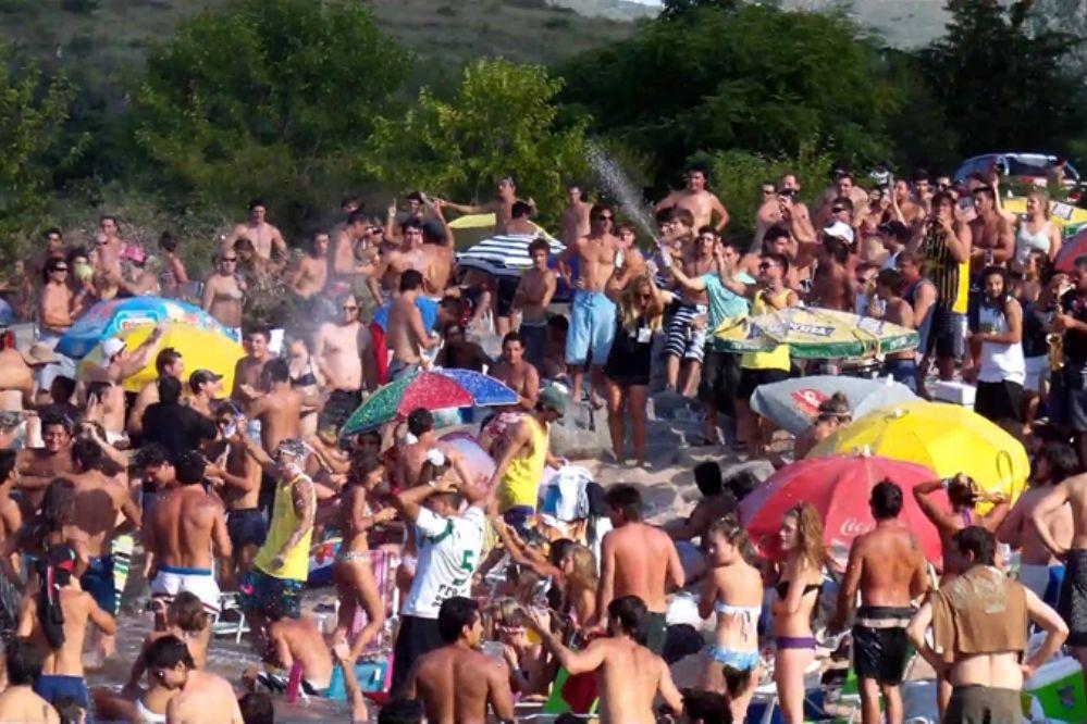 Carlos Paz recibió el año con sol, calor y los balnearios colmados de turistas