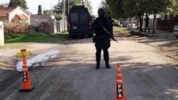 Tres detenidos y mas de 1000 dosis de drogas secuestradas en Estación Juárez Celman