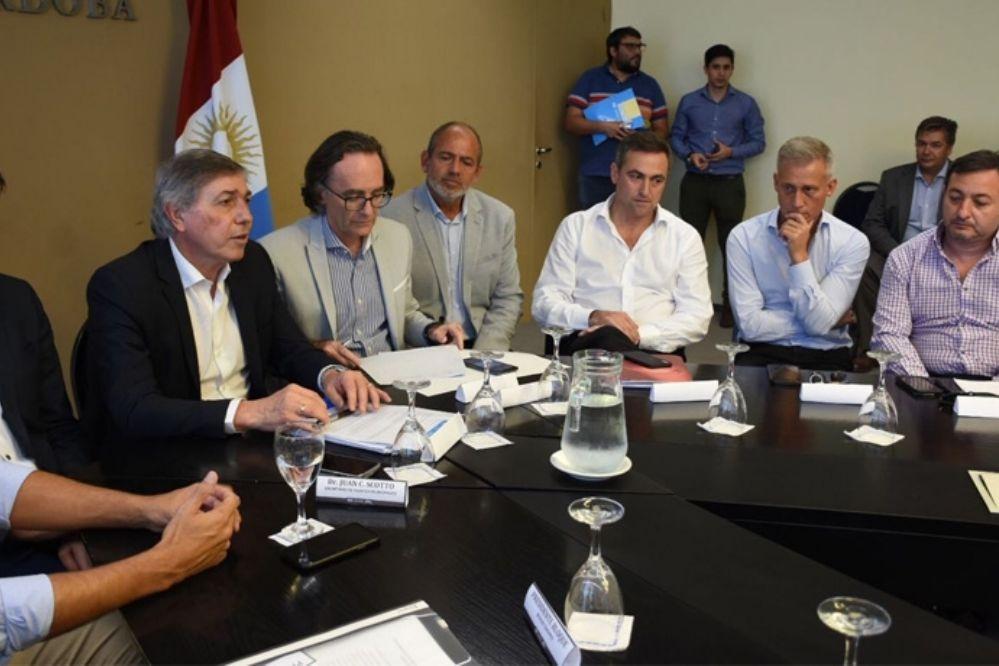 Se agudiza el conflicto entre los intendentes de la UCR y la Provincia