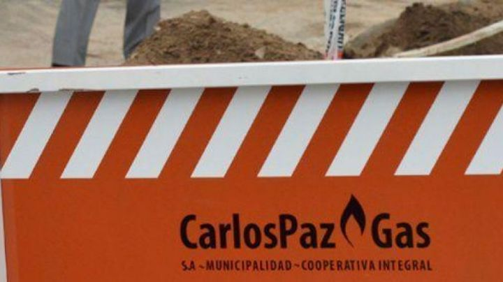 Se reanudaron las obras de gas natural en los barrios carlospacenses