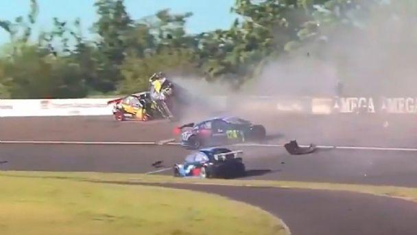 Top Race Junior: «El Dipy» provocó un accidente y fue excluido de la  competencia   El Diario de Carlos Paz