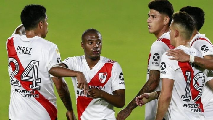 River goleó a Central en el Monumental